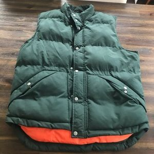 Men's puffy vest